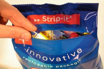 Sistema apertura chiusura buste e sacchetti