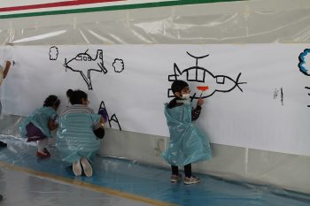 Momento di gioco e attività dei bambini dell'Ospedale infantile Regina Margherita